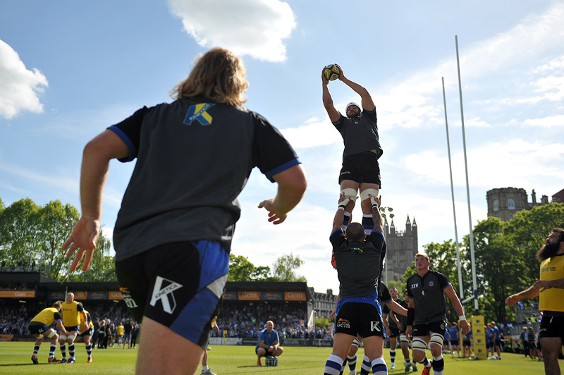Lineout practise during the warm-up