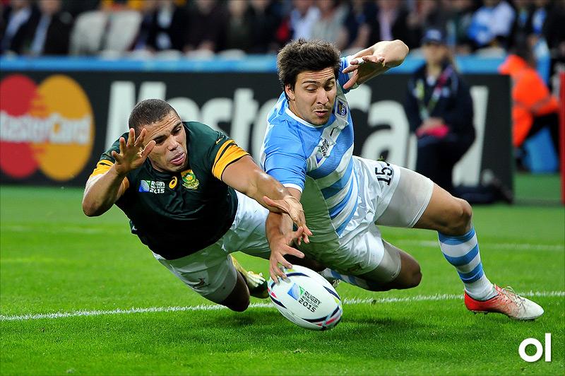 Bryan Habana and Lucas Gonzalez Amorosino - South Africa v Argentina