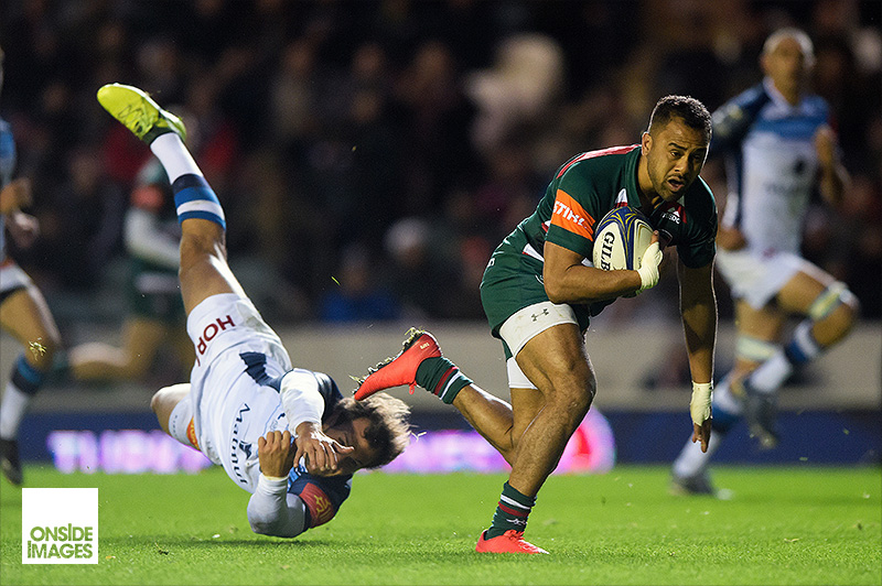 Telusa Veainu of Leicester Tigers gets past Kylian Jaminet of Castres