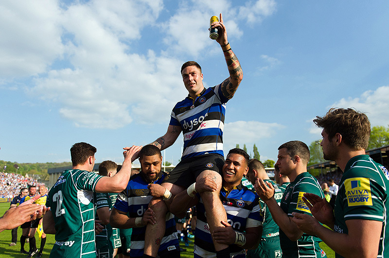 Matt Banahan is lifted off the field after his final appearance for Bath Rugby